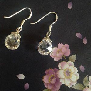 Jewelry - 💖HPx2!💖Dazzling Sterling Tear Drop Earrings